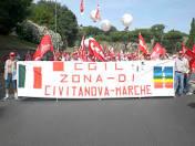 Striscione CGIL Civitanova Marche